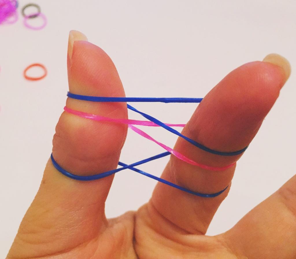 Как плести на одном пальце